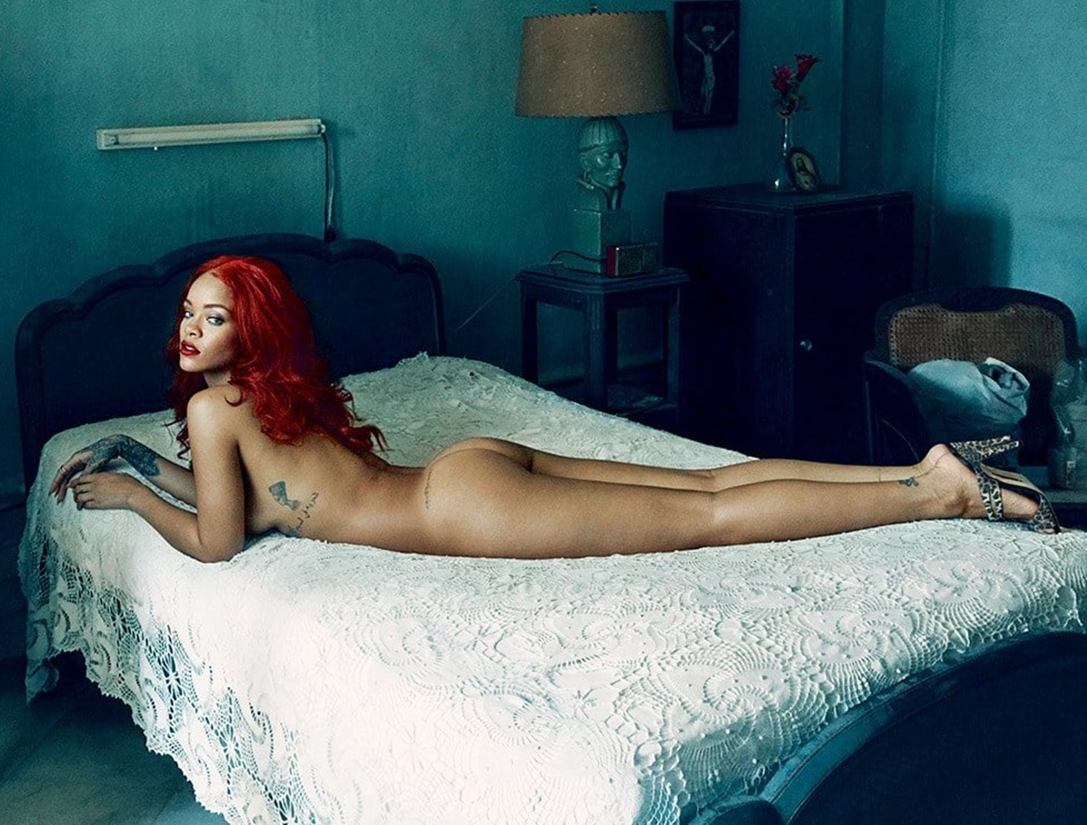 Rihanna hot ass