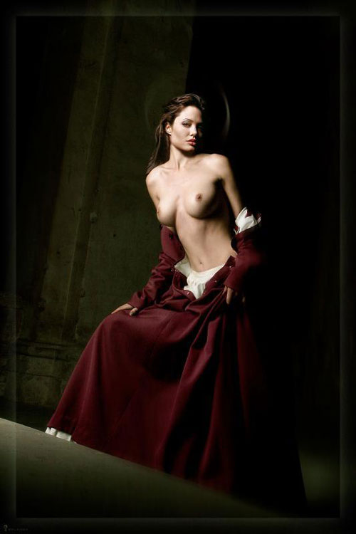 Nude angelina movie free jolie