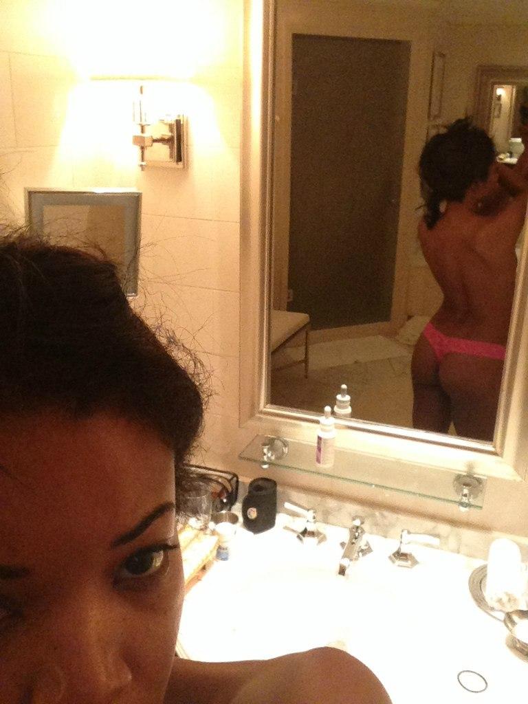 leaked Gabrielle selfies union