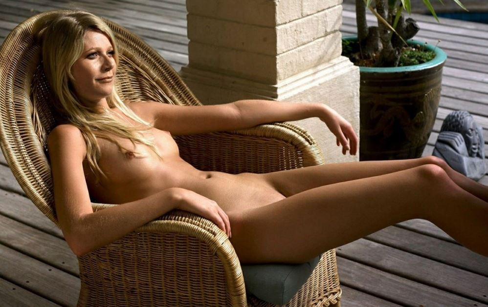 blonde nude Actress