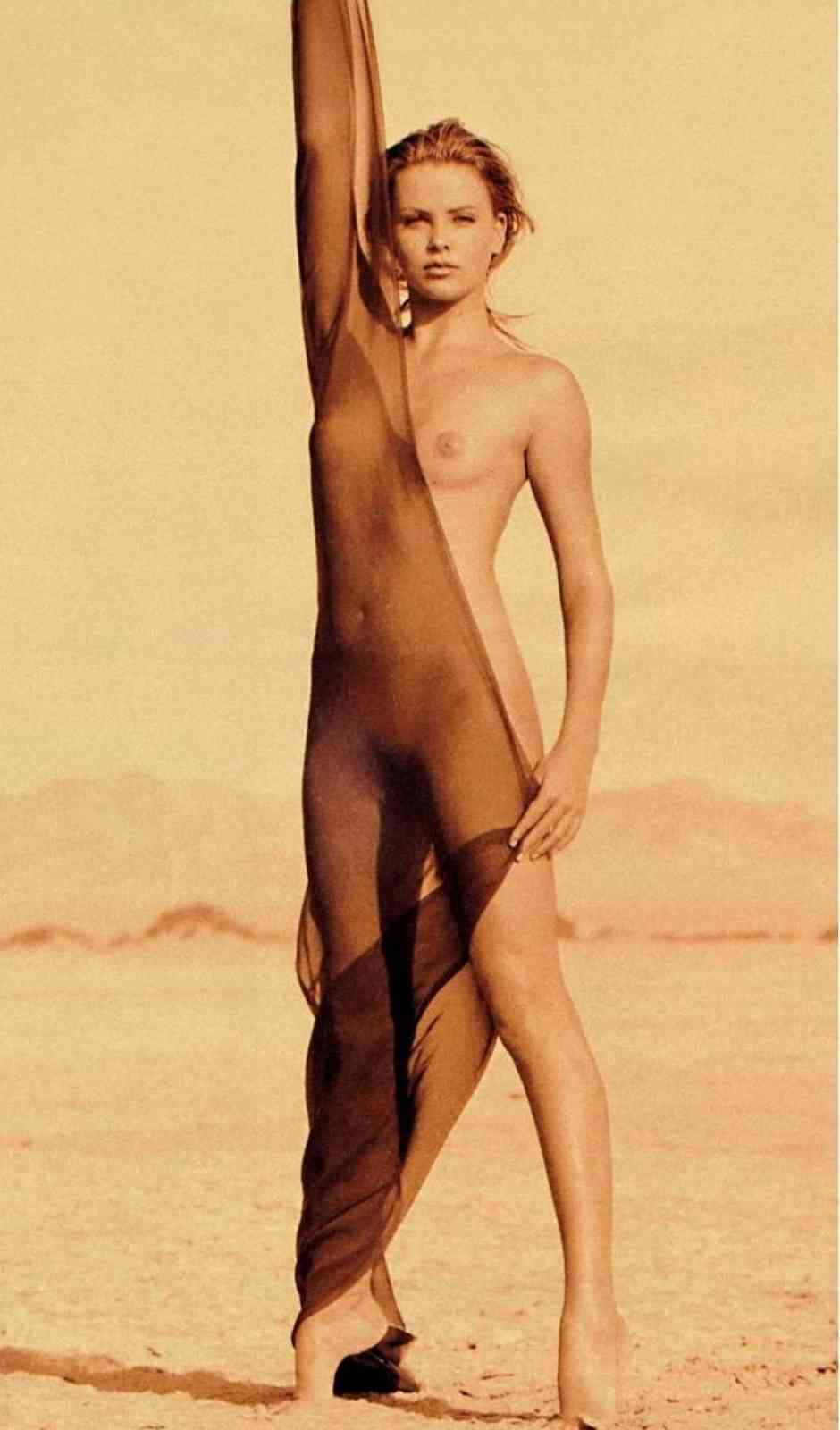 charlize theron pussy attractive sexy topless nudes