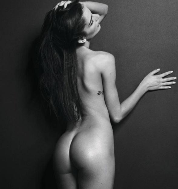Numerous naked models posing