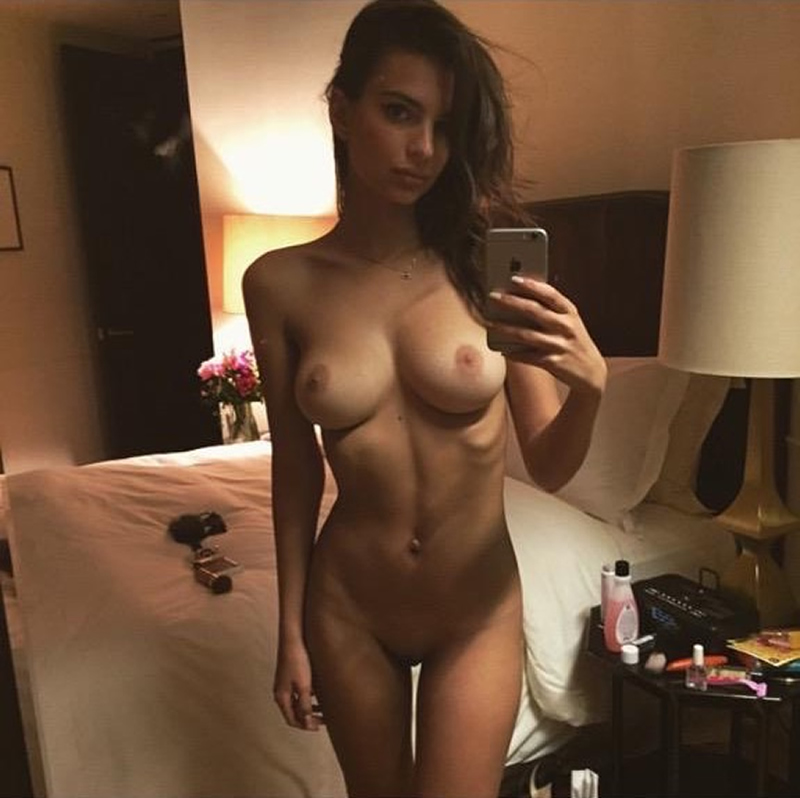 Nude famous pussy