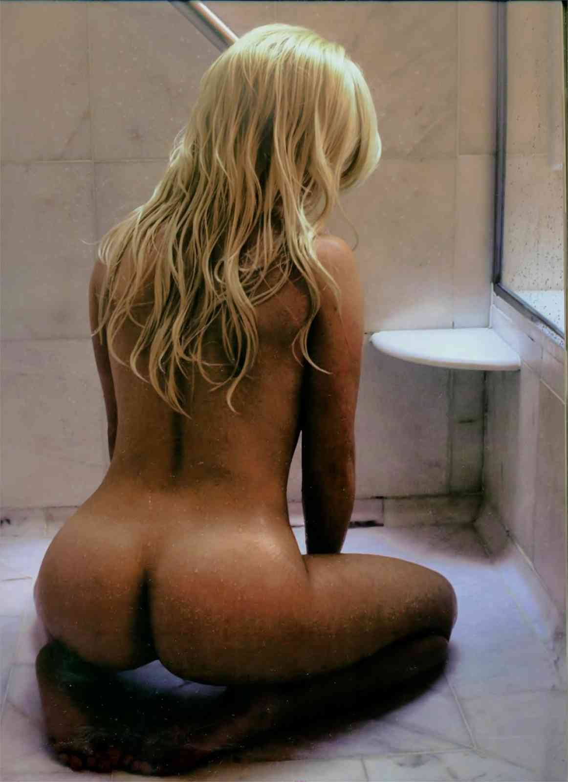 Cameraman took hayden panettiere naked shower scene that