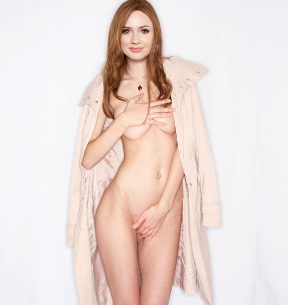 Sexy Celebrity redhead nude