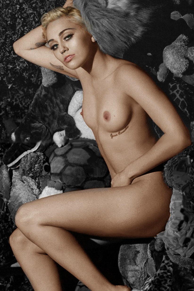Real pictures on miley cyrus nude — img 9