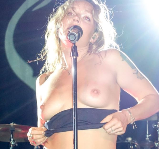 Oops I did it again... Tove Lo once again flaunts her loveable naked tits during concert in 2017