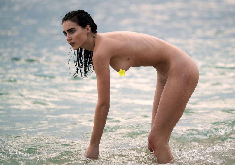 naked clewiston girls in nan