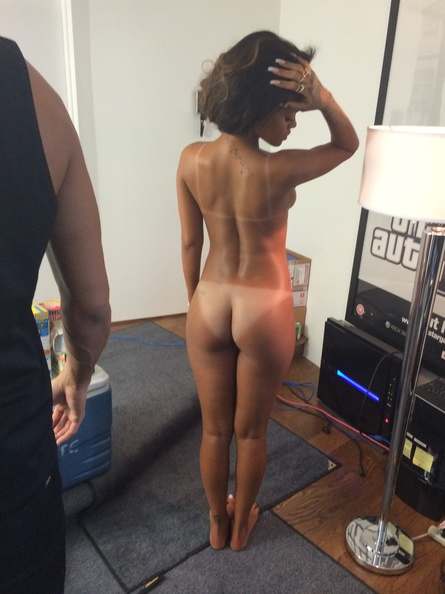 Naked ass celeb