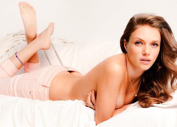 Tracy Spiridakos Naked